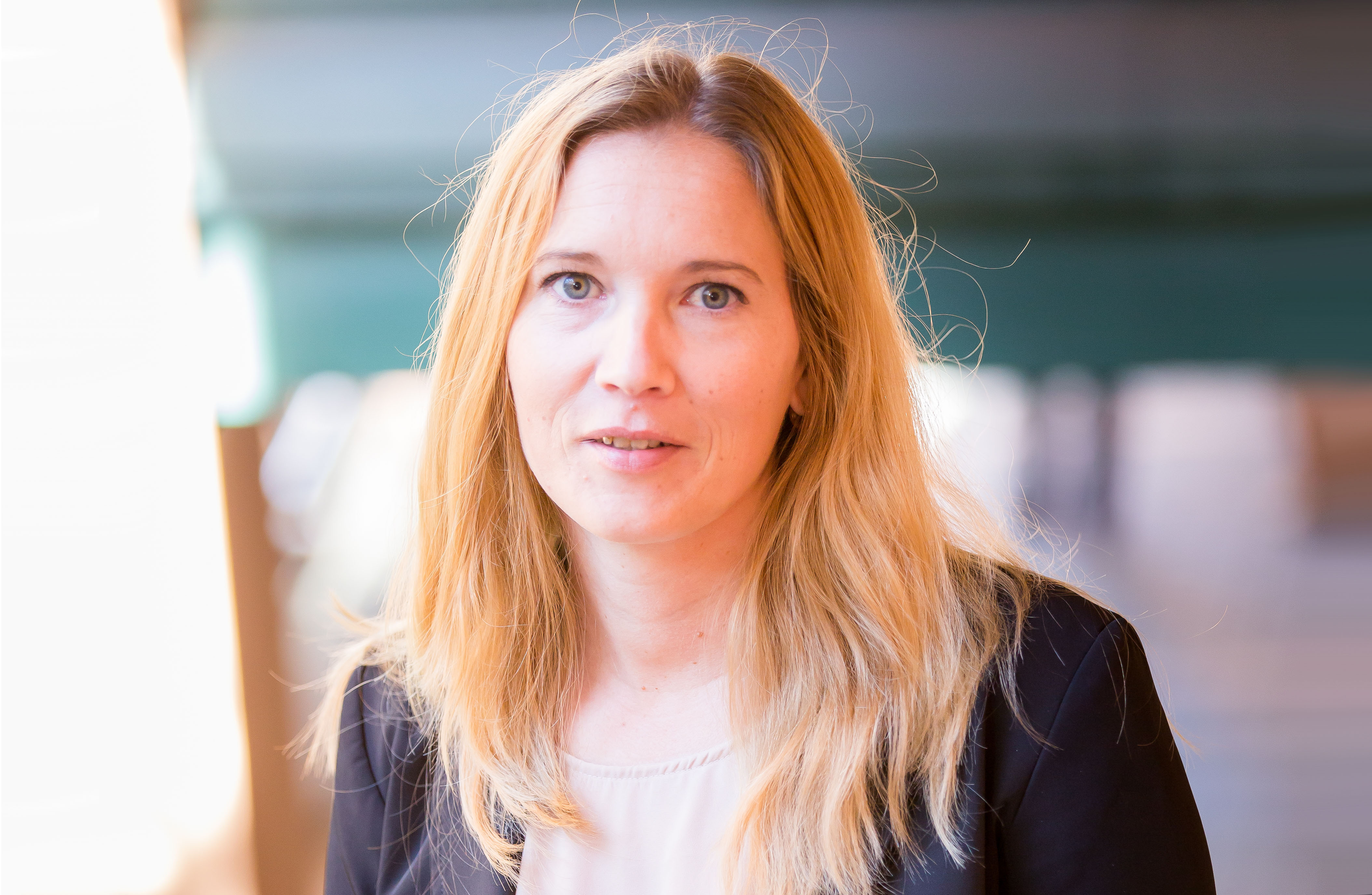 Lön & HR. Kontakta Omega Ekonomi AB.